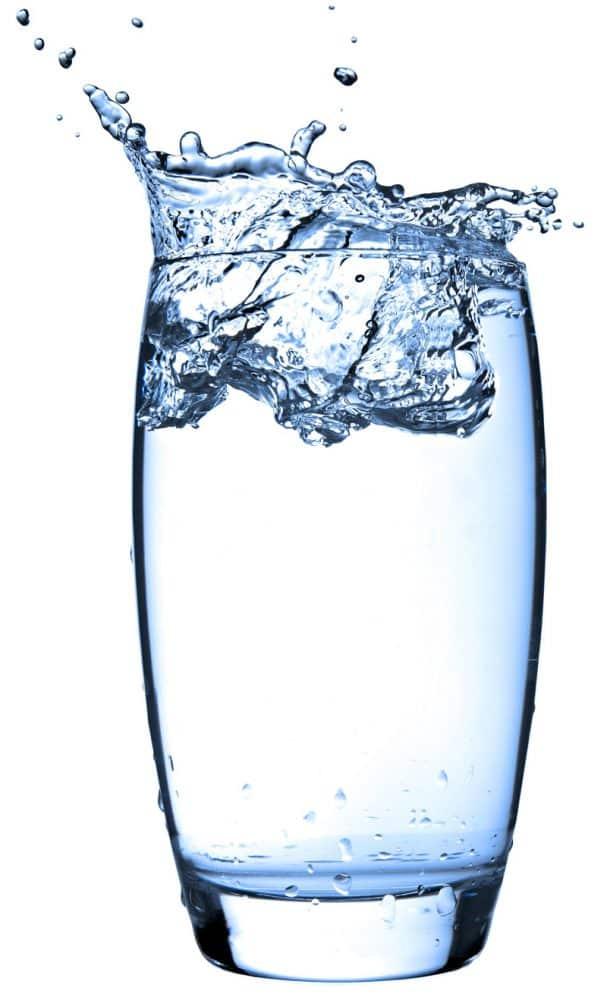 water-glass-H αλφαβήτα της υγείας! Μάθε την απ' έξω και νιώσε ευεξία.-naturanrg