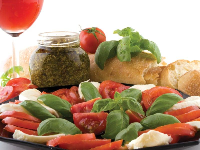 tomato_mozzarella-Πικ-νικ απολαμβάνοντας νοστιμιές στη φύση
