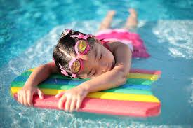 Πώς να μάθω το παιδί μου κολύμπι;