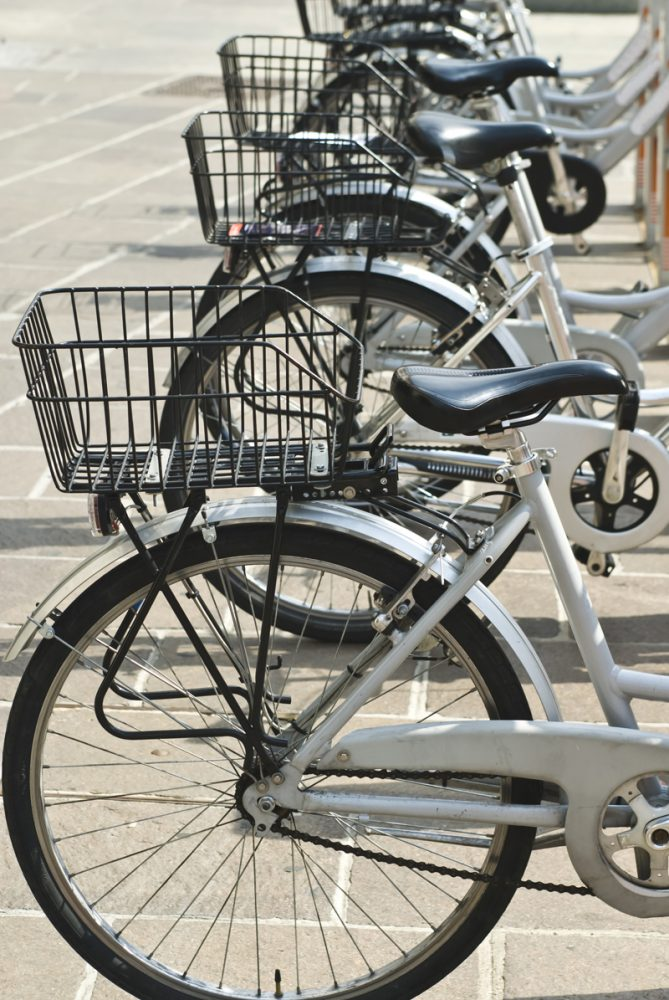 bicycles-Με το ποδήλατο πάω παντού!