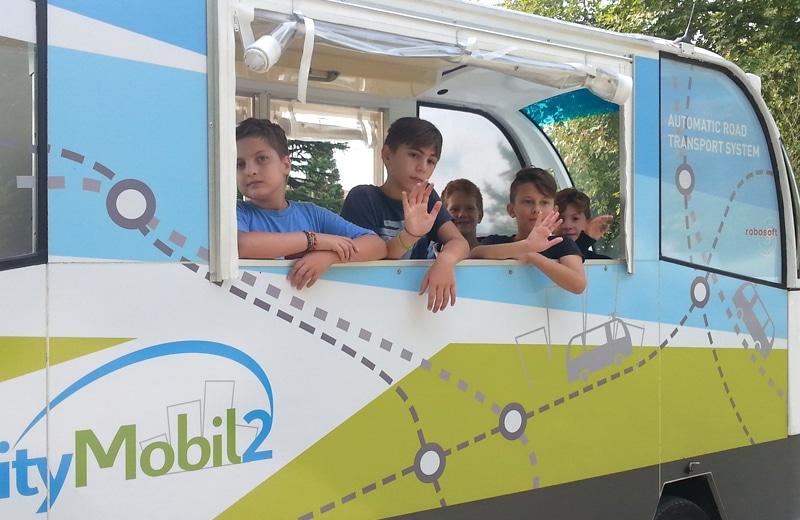 Bus-Kids-1