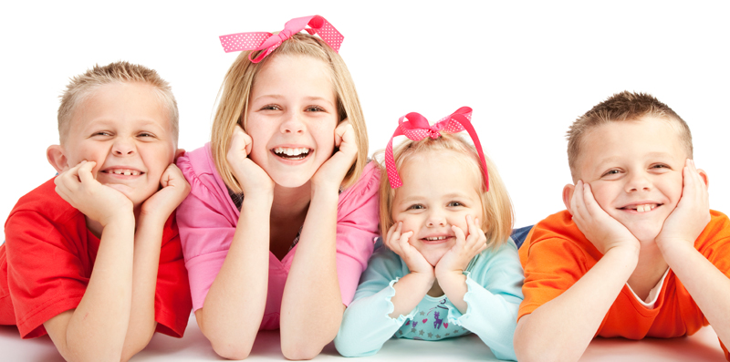 Group-of-smiling-kids