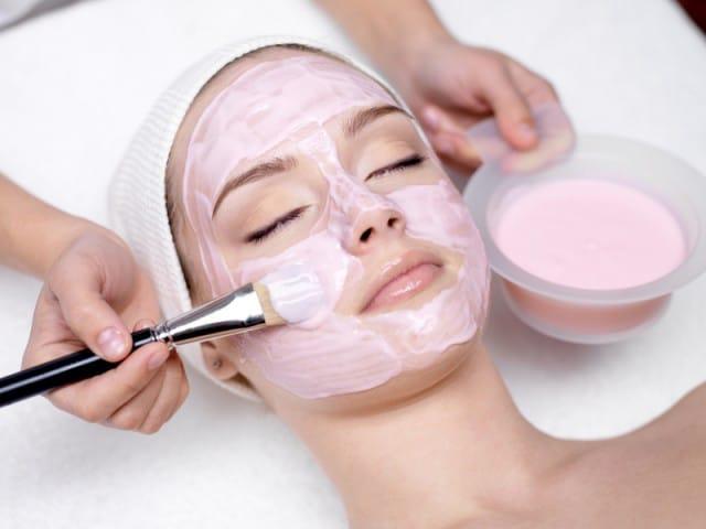 homemade-face-mask-pomegranate-Το ρόδι στην υπηρεσία της ομορφιάς