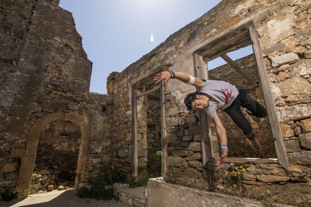 Dimitris Kyrsanidis performs on Spinalonga island, Greece on April 13th, 2016 - Freerunning στη Σπιναλόγκα