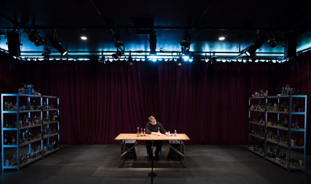 Forced_Entertainment_Complete Works_photo_Hugo_Glendinning_Site-Το Φεστιβάλ Αθηνών και Επιδαύρου αγαπάει το διεθνές θέατρο!